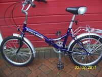 FOLDING BIKE VERY GOOD CONDITION HARDLY USED20 INCH WHEELS