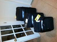 3 VALISES NEUF - 3pc New Travel Luggage Set