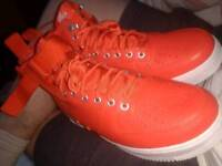 Jay z Beyonce concert given shoes- Nike SF Air Force 1 Mid - Men Shoes orange(can drop off)