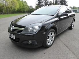 Metallic Black Vauxhall Astra