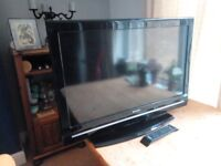 Sharp LC32D12E 32 inch Widescreen HD Ready LCD TV with Freeview & remote control