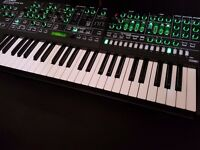 Roland System-8 synth boxed as new, system 8, aira, Jupiter 8 + Juno 106 loaded
