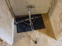 ROLAND PDS 10 DRUM STAND, PERFECT FOR PERCUSION MODULES OR OCTAPADS