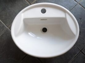 WHITE IDEAL STANDARD INSET SINK