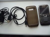NOKIA E71 SMARTPHONE WITH BATTERY, CHARGER, CASE,DATA CABLE