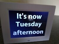 Rosebud Reminder Clock