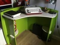 Legare frog child's desk