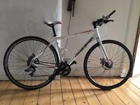 LADIES HYBRID ROAD BIKE - BOARDMAN COMPFI - WHITE & PINK - EXCELLENT CONDITION