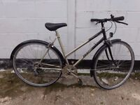 ladies womens hybrid road city bike. large ** i can deliver **