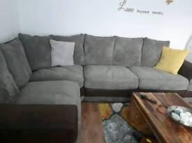 Corner sofa very good condition Harvey Norman 210cm/290cm
