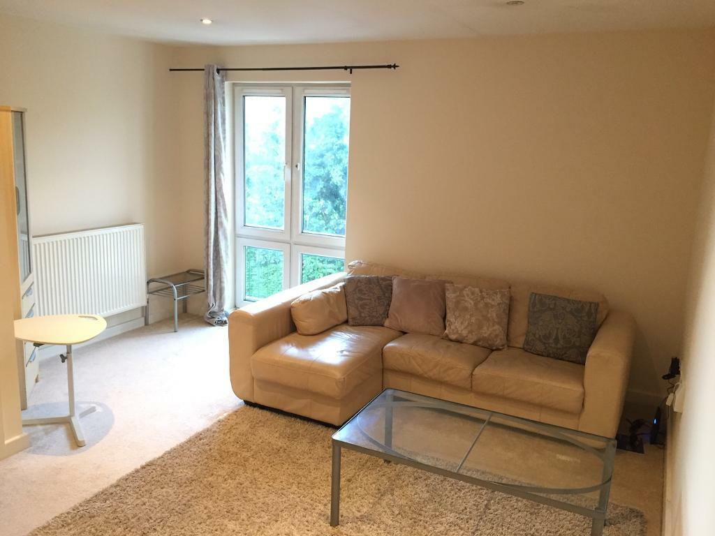 2 Bedroom Luxury Duplex Apartment To Rent Let On Lloyd George Ave Cardiff Bay Top Floor