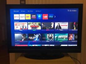 32in Toshiba HD LCD Freeview TV