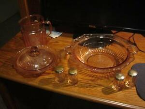 DEPRESSION DISHES , GREEN CANDY DISH London Ontario image 2