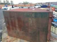 Steel lock up container