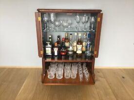 DRINKS CABINET (MOBILE)