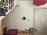 Cosy double room in the heart of Camden