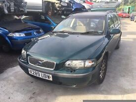 VOLVO V70 D 2000- FOR PARTS ONLY