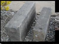 RE-CLAIMED WHIN STONE KERBS