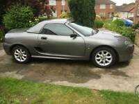 Mgtf 1.6.. converable Lovelly looking car