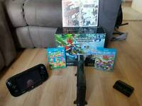 Wii u 32gb premium with 5 games and 2 controllers
