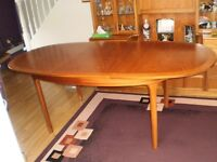 "TEAK NATHAN OVAL EXTENDING DINING TABLE 6 - 8 SEATER 60""closed - 81"" open with 6 chairs"