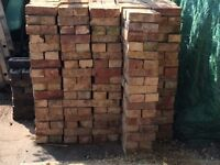 Reclaimed bricks Oxford Yellows. Clean and in good condition. 1,416 bricks. Stacked.