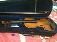 Aileen 4/4 violin w/ case and accessories