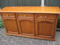 sideboard put this in an auction local never sold inherited more scratches than arrived free