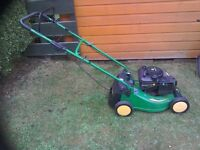 JOHN DEERE R43 PETROL LAWNMOWER
