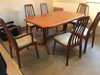 Extendable table + 6 chairs