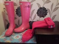 Pink tall size 7 ladies hunter wellies great condition