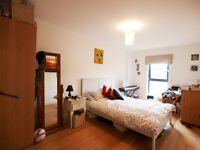 Stunning 3 Double Bedroom in The Heart of Finsbury Park & Very Close to Finsbury Park Tube