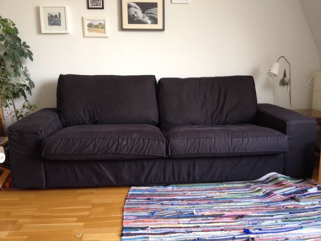 Sofa plus chaise longuein Hove, East SussexGumtree - Sofa plus chaise longue. The chaise longue can either be attached or separate. Black colour, in excellent condition. Only selling as need a sofa bed. Bought for £850 new two years ago