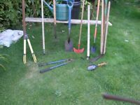 10 Garden Tools inc Spade, Fork, Hoe,Rake,Loppers