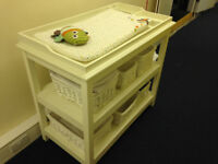 Changing table The Little White Company