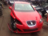 SEAT LEON 2010 2.0 TDI - SALVAGE CAR (STARTS AND DRIVES)