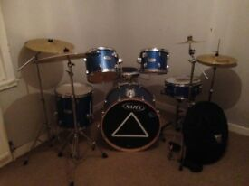 Mapex drumkit. Hardly used