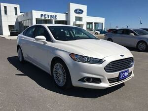 2016 Ford Fusion SE - AWD, NAV, LEATHER...