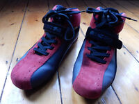 WORN ONCE. IXS FORMULA X2 SHORT MOTORBIKE ANKLE BOOT. Size Euro 43 UK 9. Driving Shoes.