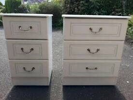 Chested draws with matching bedside table