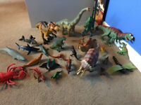Set of dinosaurs and sea creatures
