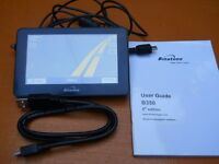 Binatone b350 sat nav with user guide,car charger cable ,usb charger cable and windscreen mount vgc.