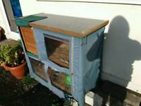 3ft outdoor hutch