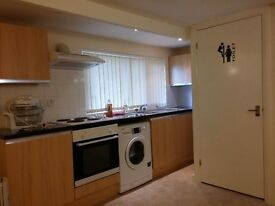 WOKING: DETACHED - OPEN PLAN STUDIO APARTMENT £650PCM ALL BILLS ARE INCLUDED.