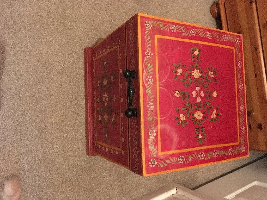 Wooden box for upcycle