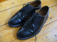 Smart shiny black Loake shoes. Size: UK 7.5, model: Waverley