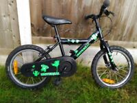 boys bike 16inch wheels comes with stabilisers, helmet, protectors and a spare tube