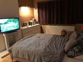 Double bedroom rental