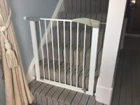 Lindam easy fit baby gate