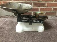 VINTAGE/ANTIQUE W&T AVERY WEIGHING SCALE! BIRMINGHAM!, BARGAIN!, OFFERS!